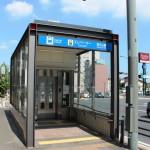 覚王山駅のエレベータ出口